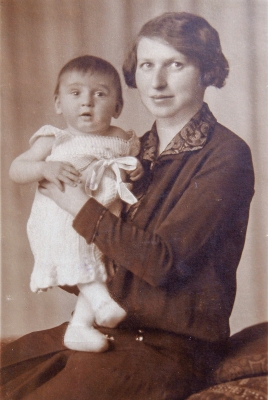 Věra with mother