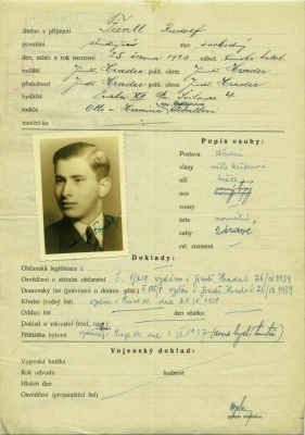 Request to issue a passport for Rudolf Fantl from August 30, 1935