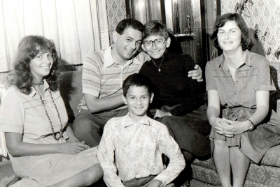 Dagmara's family, on the left her daughter Zuzana, at the bottom son Martin, left daughter Rita and husband Petr (1980)