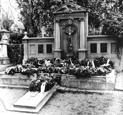Cardinal Trochta was buried in the Bishop´s tomb at Litoměřice